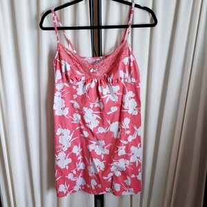 George size M coral/light gray floral chemise